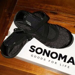 NWT Sonoma shoes